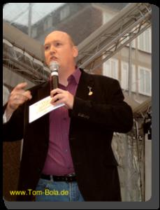 Event-Moderator Tom Bola