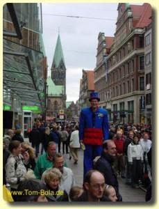 Moderation des Freimarktsumzuges auf Stelzen in Bremen
